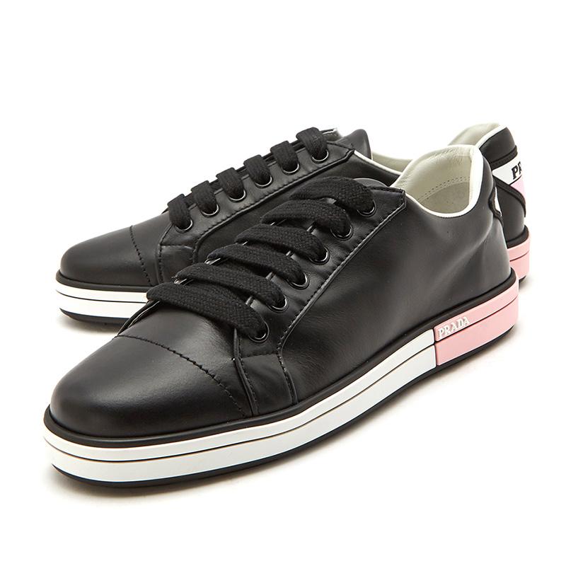PRADA/普拉达女士黑色后鞋跟粉红休闲运动鞋