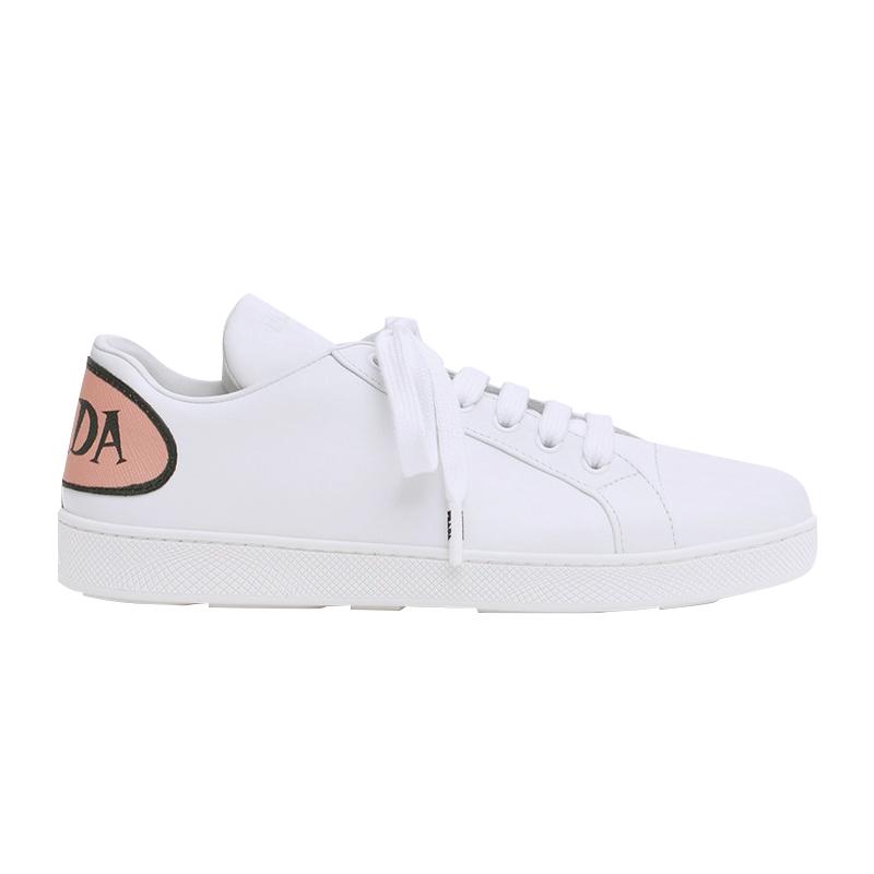 PRADA/普拉达 女士白色小牛皮后饰有粉色黑字印花标志系带运动鞋