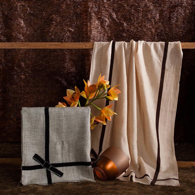 太湖雪羊毛围巾 精美礼盒包装